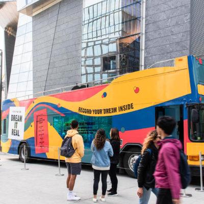 coach glass bus 01